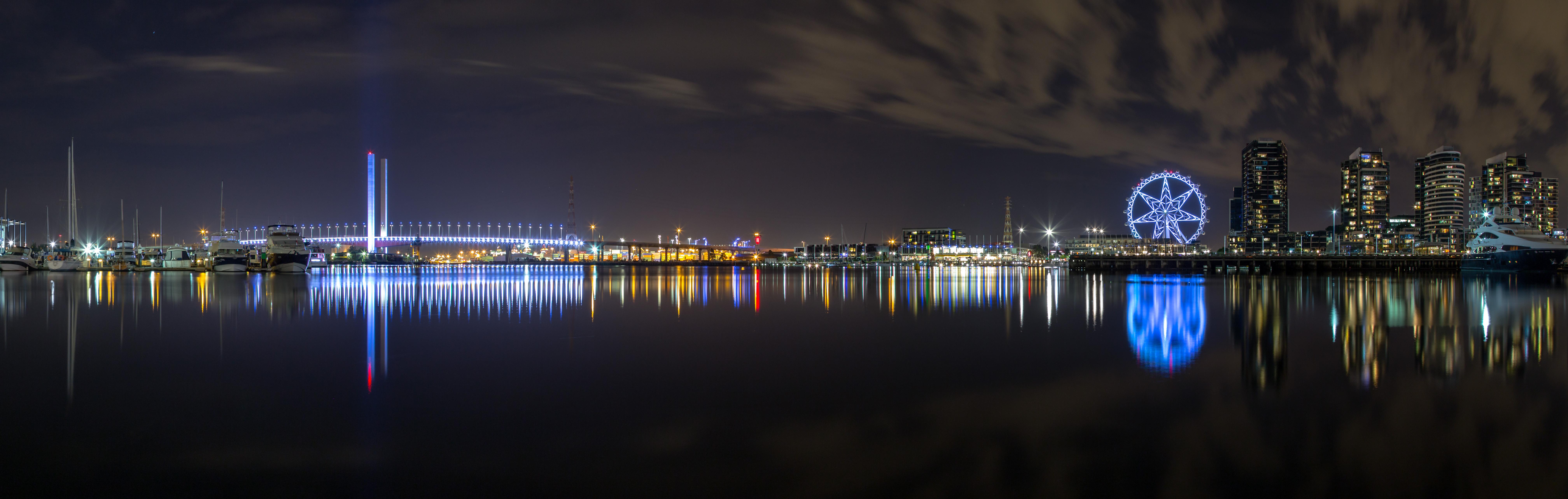 Victoria Harbour, Bolte Bridge and The Melbourne Star