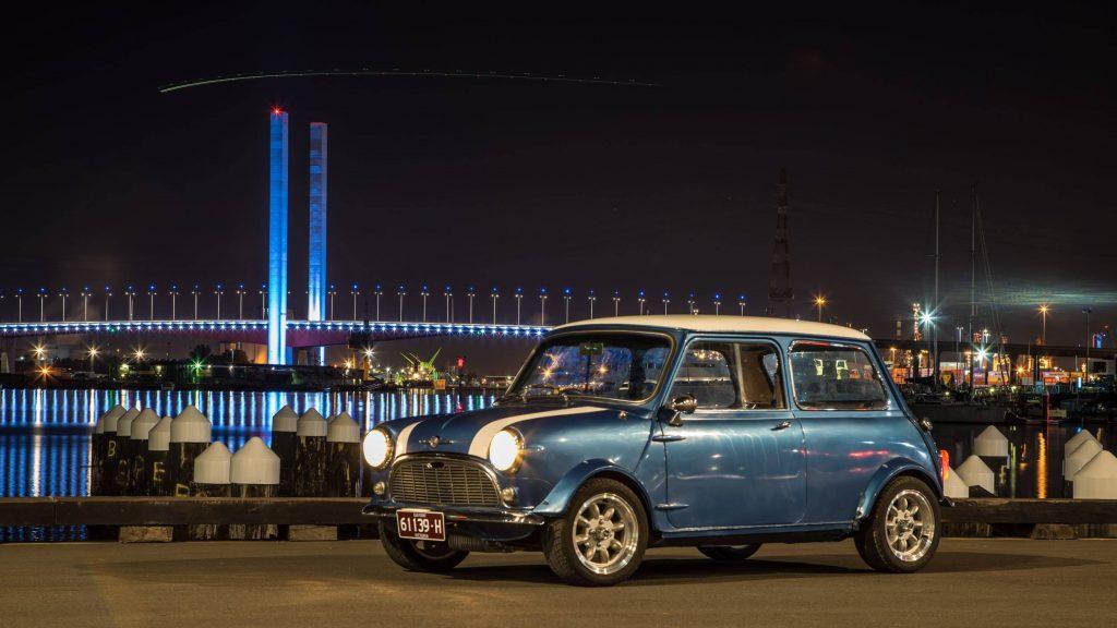 Mini with Bolte Bridge in background